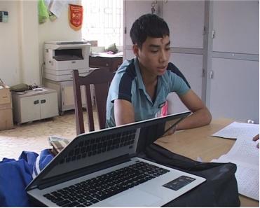 Sinh viên táo tợn bẻ khoá trộm cắp tài sản của giáo viên